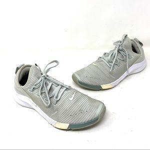Nike zoom sage green color 7.5 C8